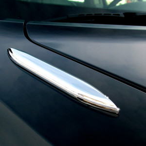 AeroBlades Chrome Trim